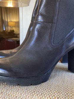 PAUL GREEN Dallas Chelsea Boot SZ 10 for Sale in Long Beach,  CA