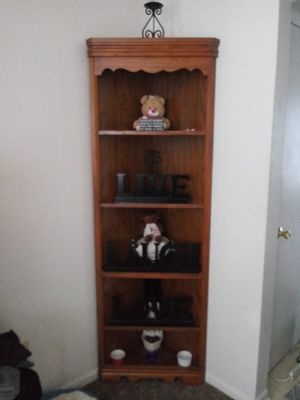 Beautiful corner shelf/stand.. very nice no flaws. $50$, obo for Sale in Delaware, OH