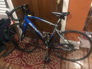 Giant defy 3 Aluxx bike 2015 for Sale in Philadelphia, PA