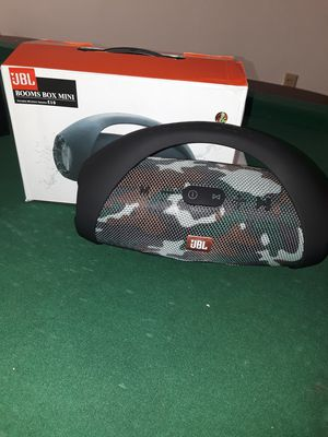 JBL MINI BOOMBOX for Sale in Lubbock, TX