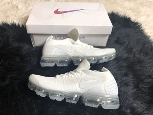 Nike Air Vapormax Flyknit 2 Men Size 8 for Sale in Smyrna, GA