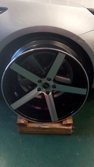 """22"""" Strada 5 Star Rims with Tires & sensors for Sale in Long Beach, CA"""