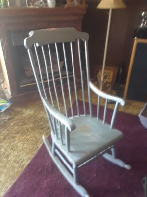 Antique Windsor Back Rocking Chair for Sale in Las Vegas, NV