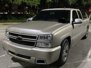 Chevy Silverado for Sale in Pico Rivera, CA