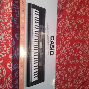 Casio piano keyboard. Works 100%. for Sale in Queens, NY
