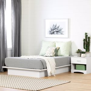 White Wooden Platform Bed Frame Queen for Sale in Stamford, CT