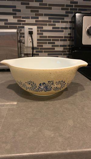 "Vintage Pyrex 7.5"" tan and brown Cinderella mixing bowl for Sale in Mesa, AZ"