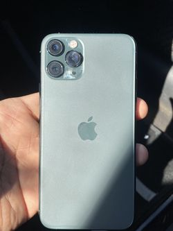 iPhone 11 Pro for Sale in Tucker,  GA