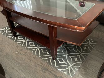 Brown Wooden Coffee Table for Sale in Aurora,  CO