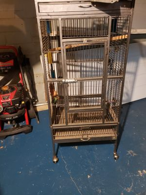 Bird cage with play area on top for Sale in Cleveland, OH