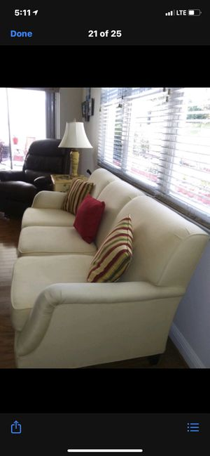 Living room furniture for Sale in Clermont, FL