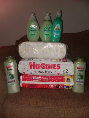 House bundle daipers new size 2 packs size 1 1 pack size 2 all new for Sale in Columbus, OH