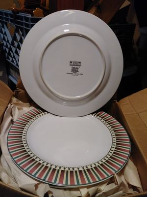 Beautifu large plates for Sale in Midlothian, TX