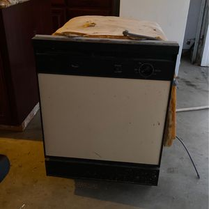 Whirlpool Dishwasher for Sale in Livingston, CA