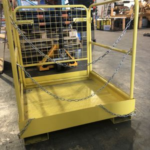 TITAN FORKLIFT SAFETY GAGE for Sale in Miami, FL