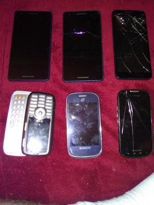 Different cell phones for Sale in Murray, KY