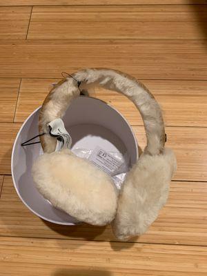 UGG sheepskin Bluetooth earmuffs new in box for Sale in Hacienda Heights, CA