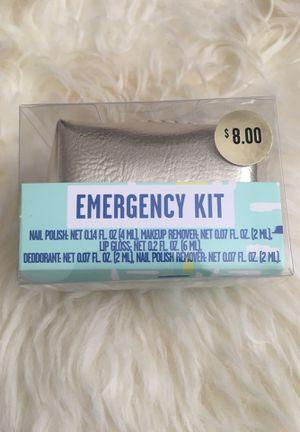 Beauty emergency kit for Sale in Fresno, CA