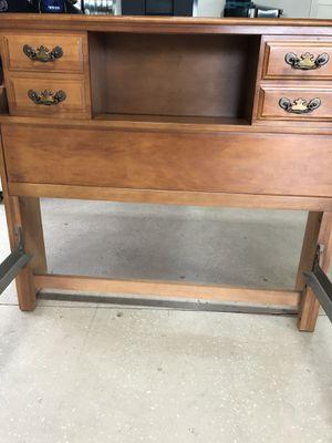 Vintage Twin Bed Set for Sale in Menifee, CA