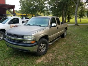 99 chevy 1500 z71 for Sale in Lascassas, TN