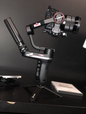 Zhiyun weebil s gimbal with extras ! for Sale in Fontana, CA