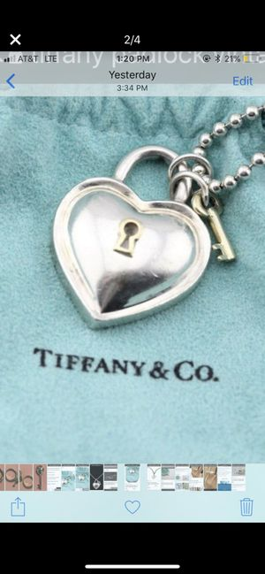 👗VINTAGE TIFFANY & CO HEART KEYHOLE PADLOCK PENDANT STERLING SILVER 18K GOLD VERY RARE!!! GREAT GIFT🎁👗 for Sale in Medford, NJ