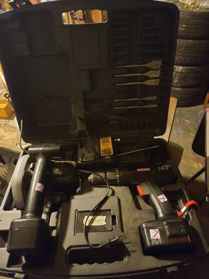 Craftsman tool case with table saw and Drill for Sale in Flint, MI