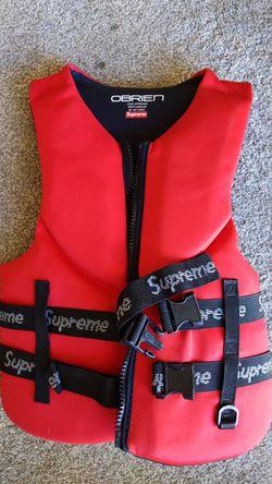O'Brien supreme life jacket for Sale in Selah,  WA