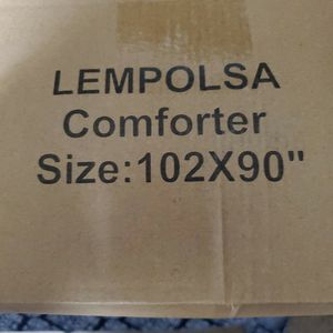 King Size Down Alternative Comforter. Brand New! for Sale in Golden, CO