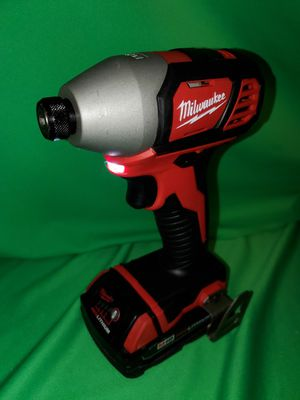 MILWAUKEE M18 IMPACT DRIVER & BATTERY SET for Sale in Beaumont, CA