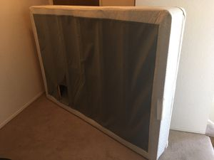 Box Spring - Full Size - FREE for Sale in Edgewood, WA