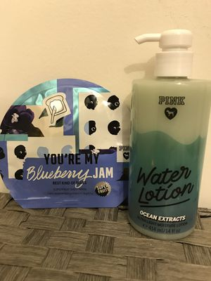 Brand new Victoria's Secret PINK bundle with Water lotion and Blueberry jam face mask for Sale in Concord, CA