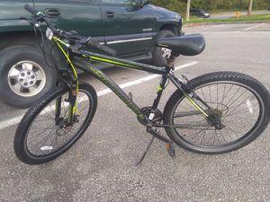 21 speed mountain bikes it ride fine 😎 for Sale in Glen Burnie, MD