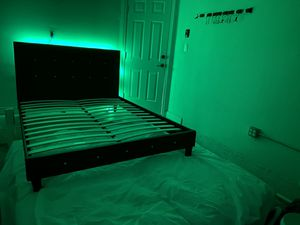 New queen or full bed frame with crystals. Mattress and led lights included. Delivery for Sale in Boca Raton, FL