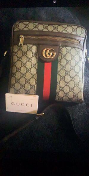 Gucci Men's bag for Sale in Compton, CA