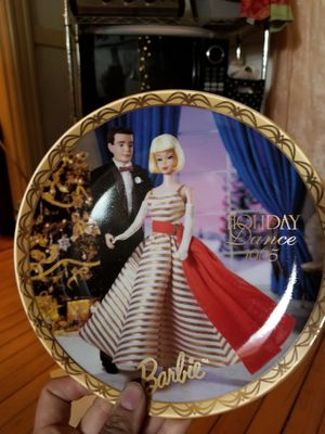 1995 Barbie porcelain plates for Sale in Chicago, IL