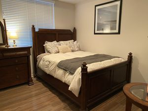 Vintage Wood Bedroom Set for Sale in Fullerton, CA
