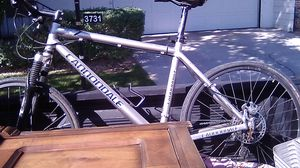 Cannondale f7 mountain bike for Sale in Las Vegas, NV