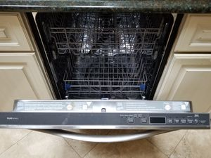 Whirpool dishwasher for Sale in Albertson, NY