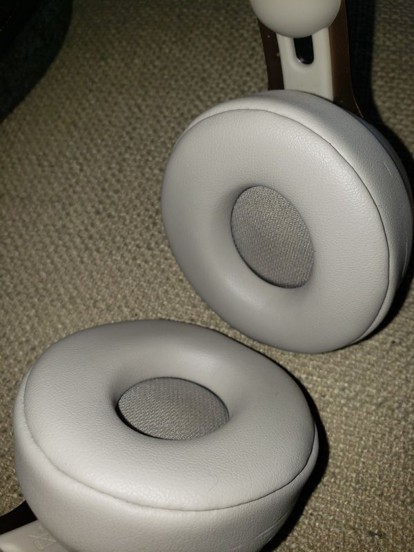 Beats Solo Pro Wireless Noise Cancelling
