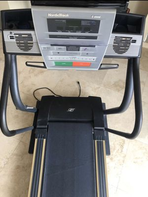 NordicTrack C 2000 Treadmill for Sale in Clearwater, FL