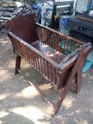 Vintage all wood rocking baby crib for Sale in Georgetown, KY
