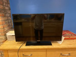 Samsung 32 inch TV for Sale in Pittsburgh, PA