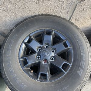 """Tacoma OEM 16"""" Wheels for Sale in Upland, CA"""
