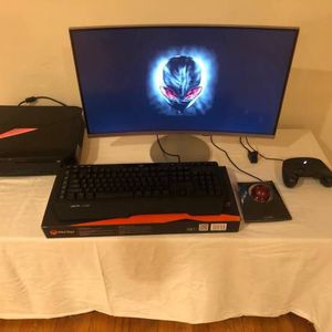 Alienware Gaming PC Bundle w Extras for Sale in Los Angeles, CA