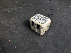 25 qt . Polar cap cooler for Sale in Gainesville, VA