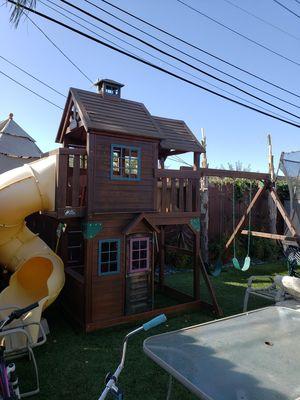 Columpios para patio. $1200 Seminuevo for Sale in San Mateo, CA