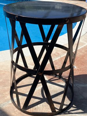 Indoor outdoor side table for Sale in Miami, FL