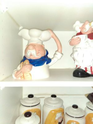 Chef kitchen decor - 6 item available for Sale in Taylor, MI