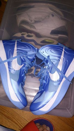 Used nike hyperfuse size 11.5 for Sale in Bronx, NY